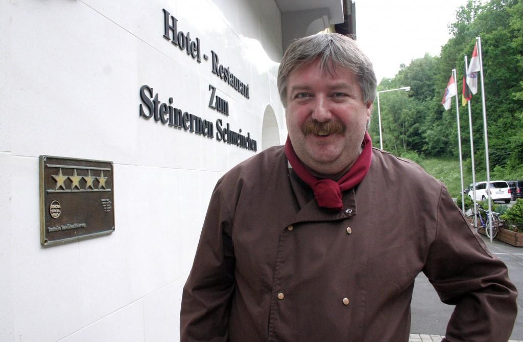 Umtriebig: Jürgen Richter formt die Küche im Hotel und Restaurant Zum Steinernen Schweinchen Fotos: Liebig-Braunholz
