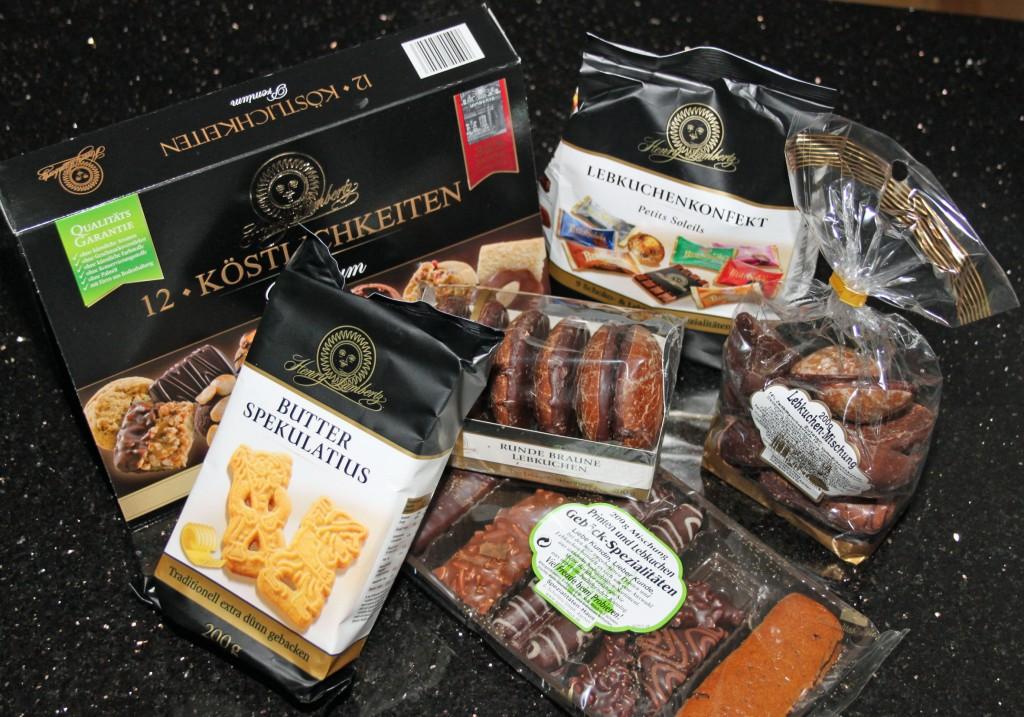 Süße Versuchung: Im Jubiläumspaket finden Genießer erlesene Süßwaren-Spezialitäten aus der Aachener Printen- und Schokoladenfabrik. Fotos (2): Silke Liebig-Braunholz