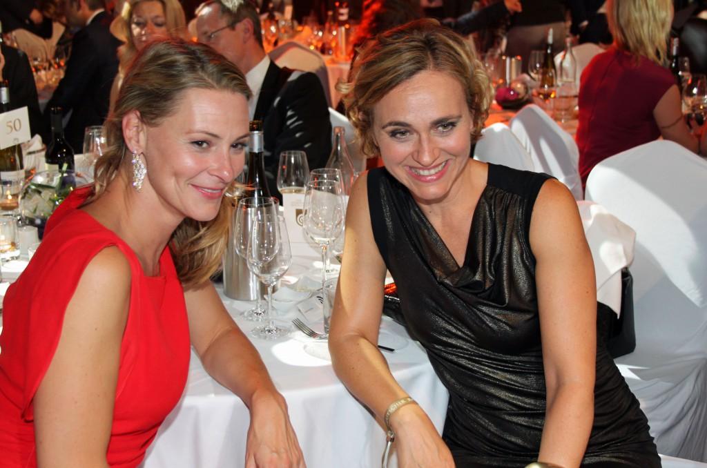 Anja Reschke und Caren Miosga.