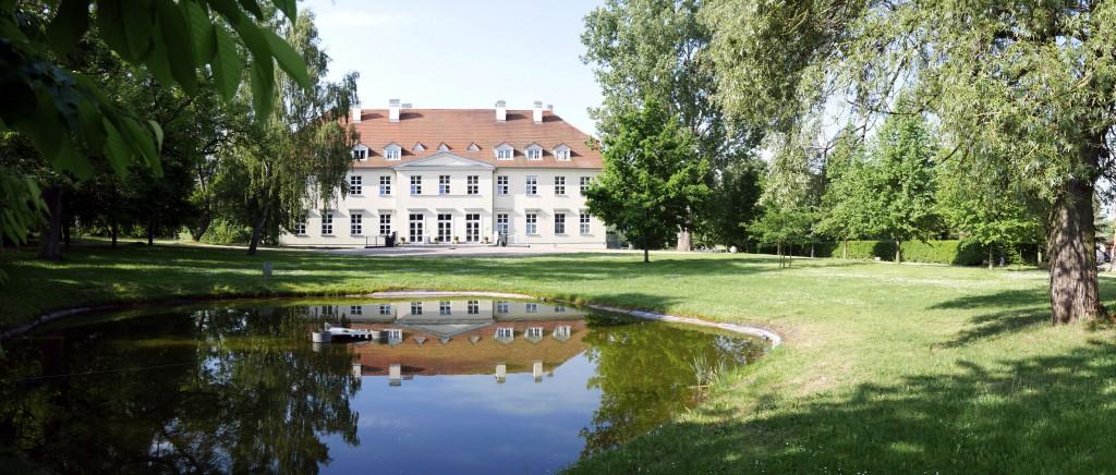Schloss_Rattey03_Vorderansicht_Bildquelle_Stefan_Schmidt