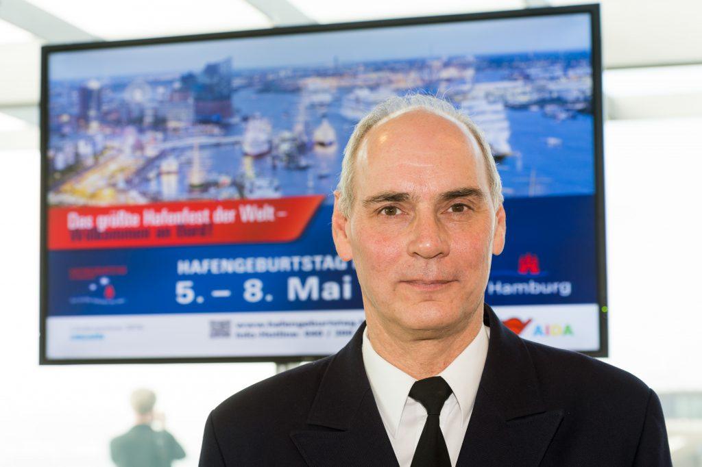 Hafenkapitän Jörg Pollmann. Foto: Hamburg Messe und Congress / Romanus Fuhrmann
